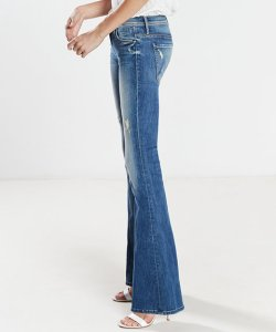 062016-jeans-big-butts-slide-add-1